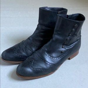 Cole Haan Oxford Booties - Size 8 - EUC